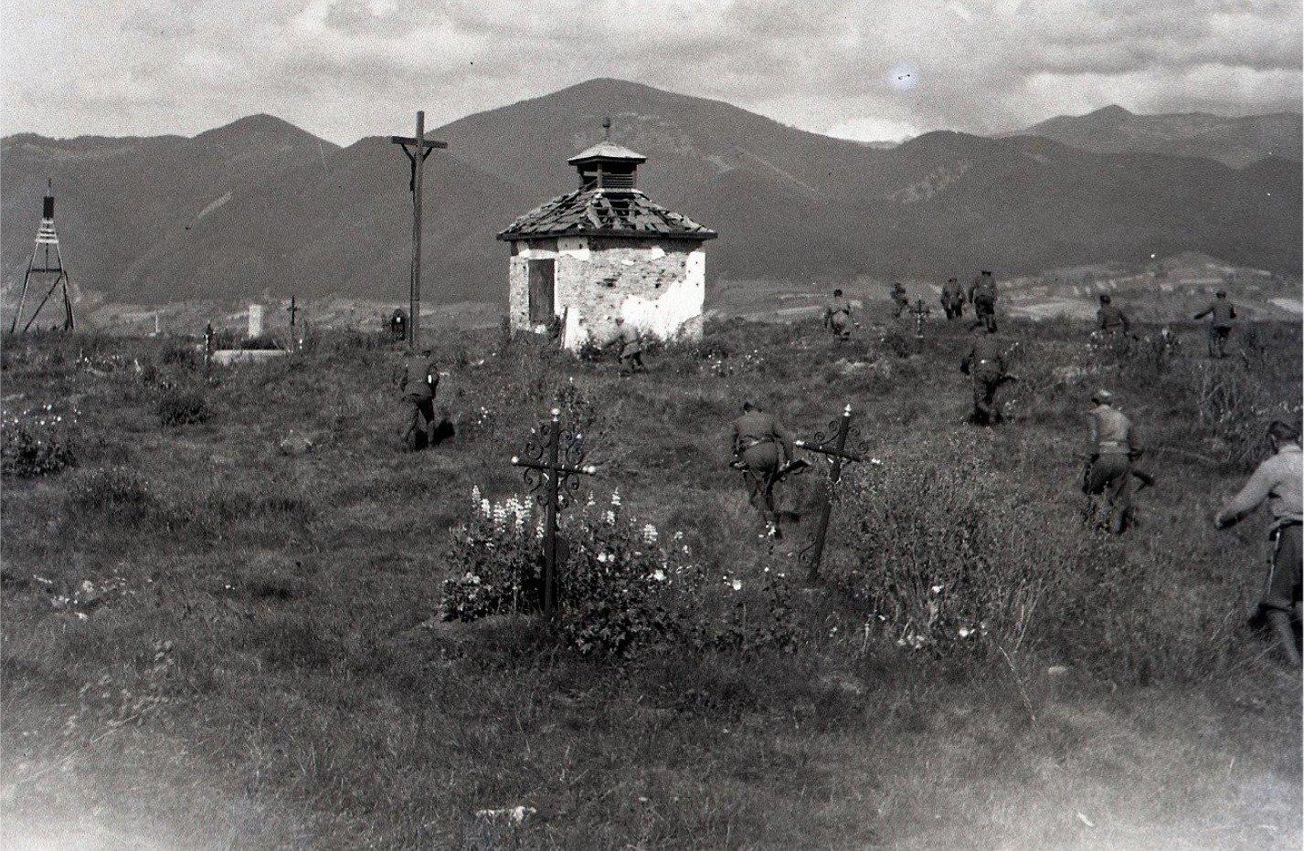 11.9.1945 - Boje o cintorín v Košútoch, rekonštrukcia