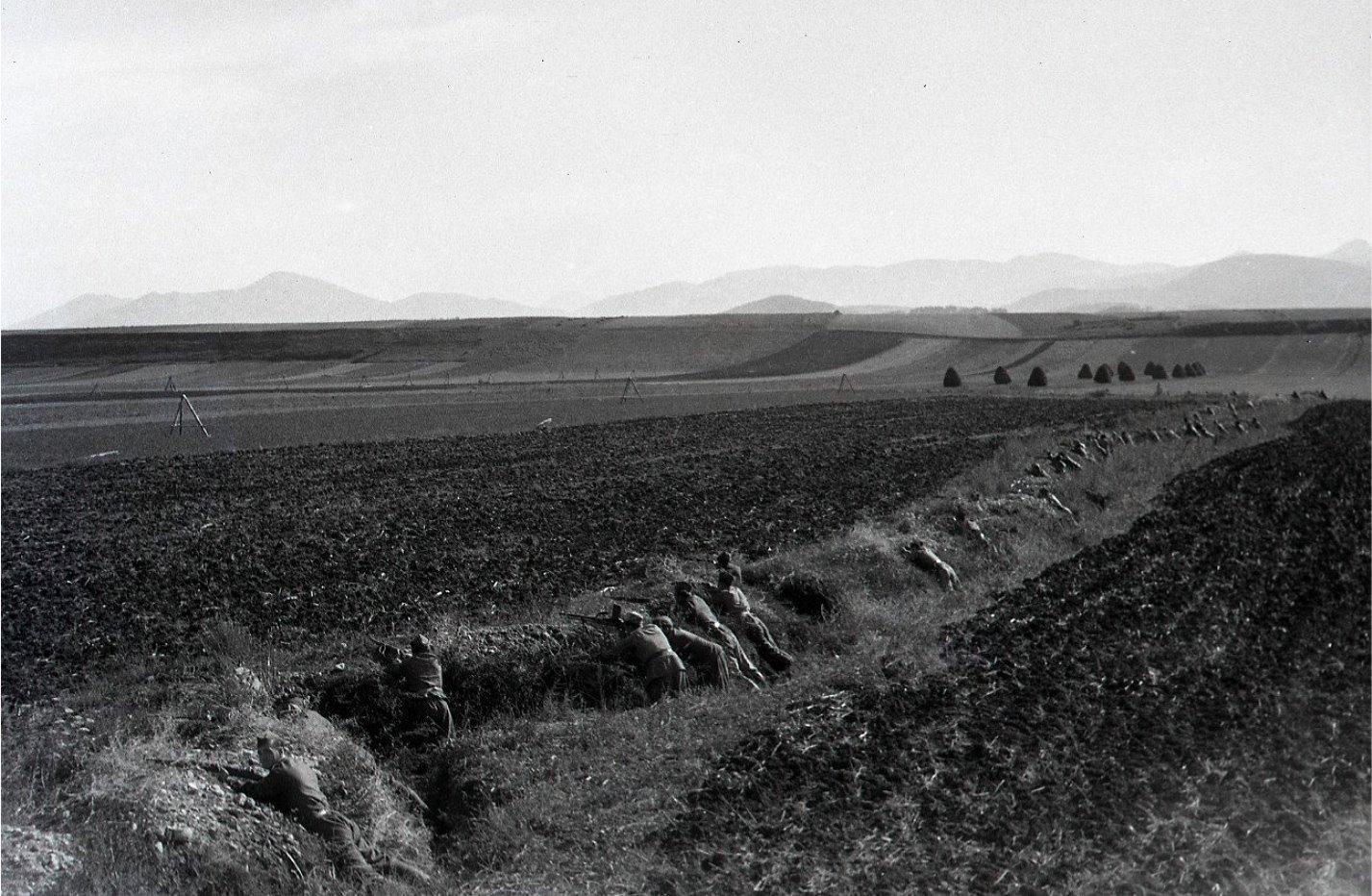 11.9.1945 - partizáni v prvej línii v Turčianskom Sv. Martine - rekonštrukcia