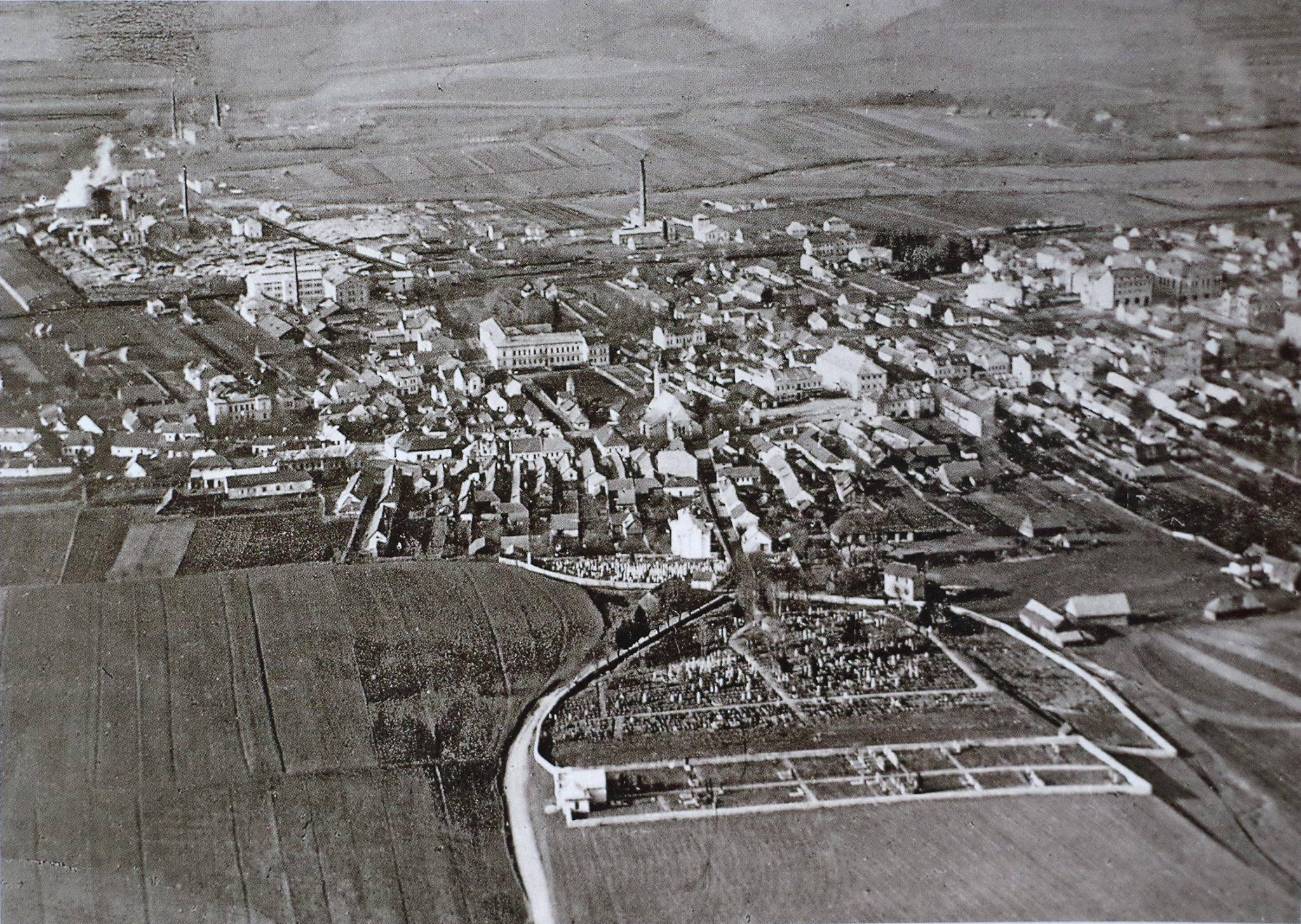 1925, pohlaď na mesto