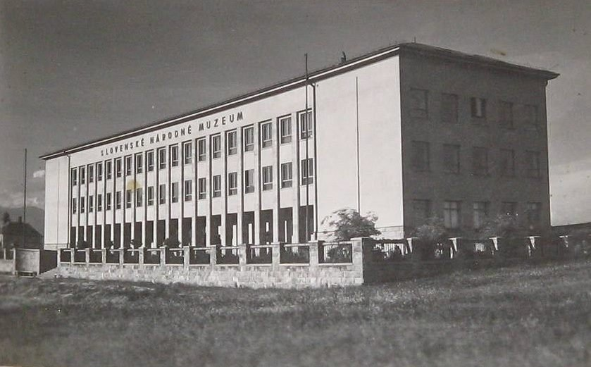 SNM, 1930