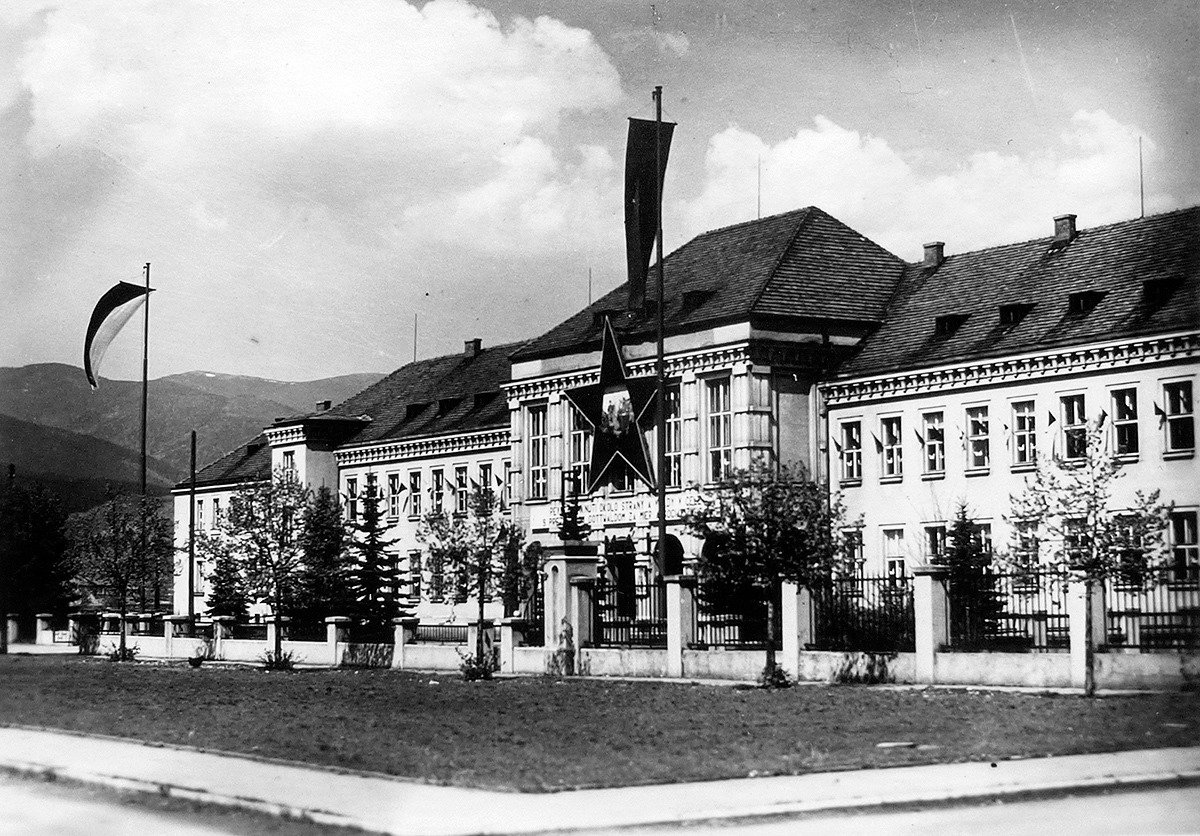 1954 - Generálne