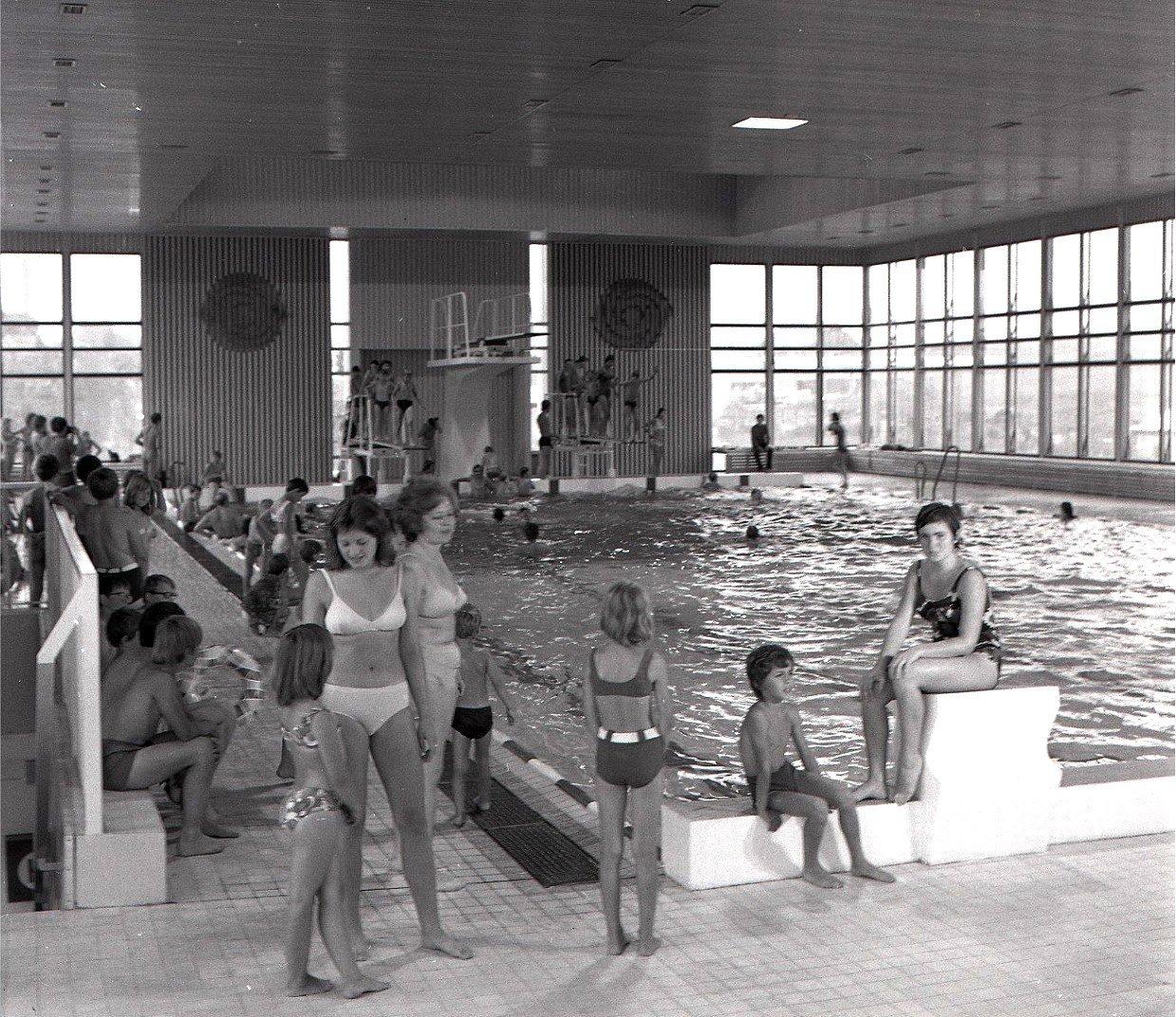 Plaváreň, 1974