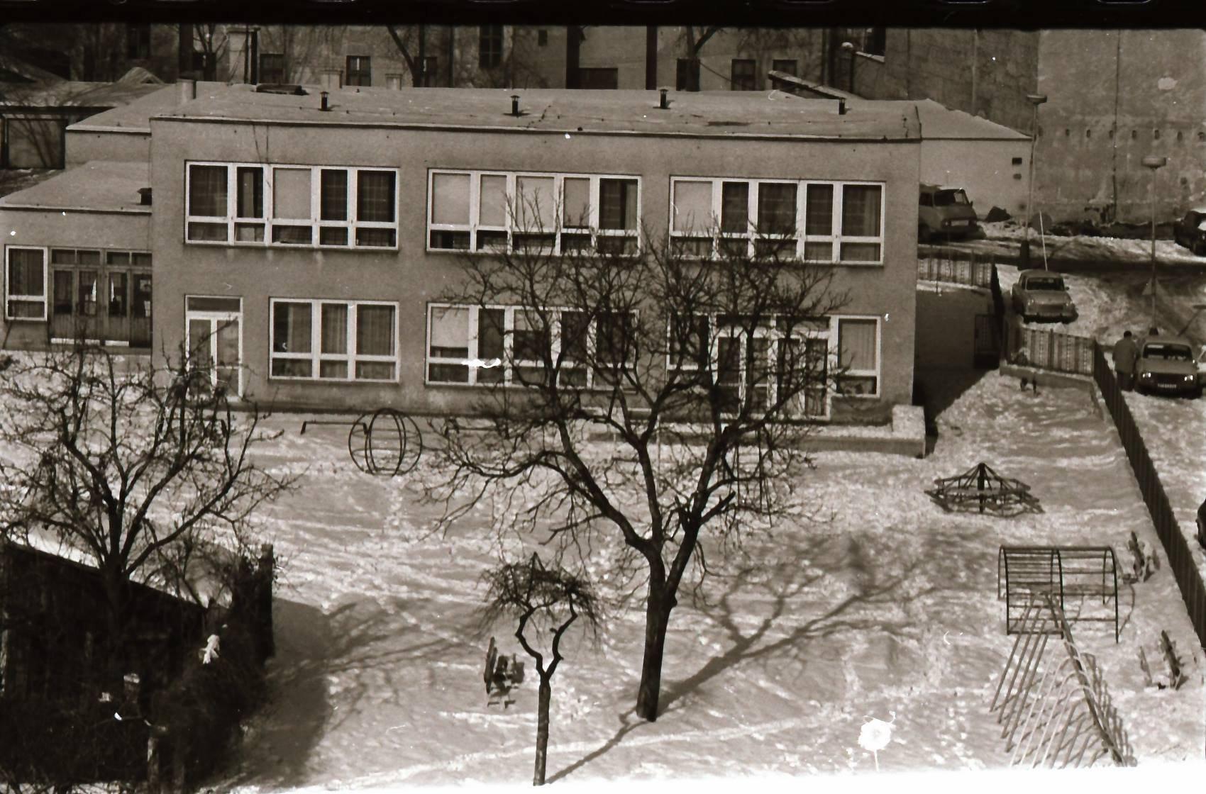 1981 - pohľad na mudroňovu ulicu