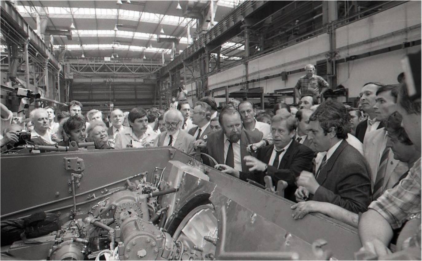 Václav Havel sa v ZŤS Martin zaujímal O konverziu vojenskej výroby - 1991