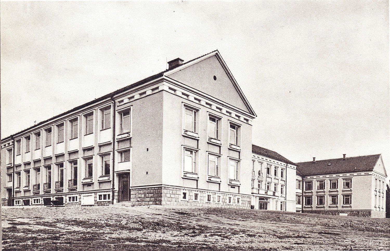 Jesseniova Lekárska Fakulta, 50te roky