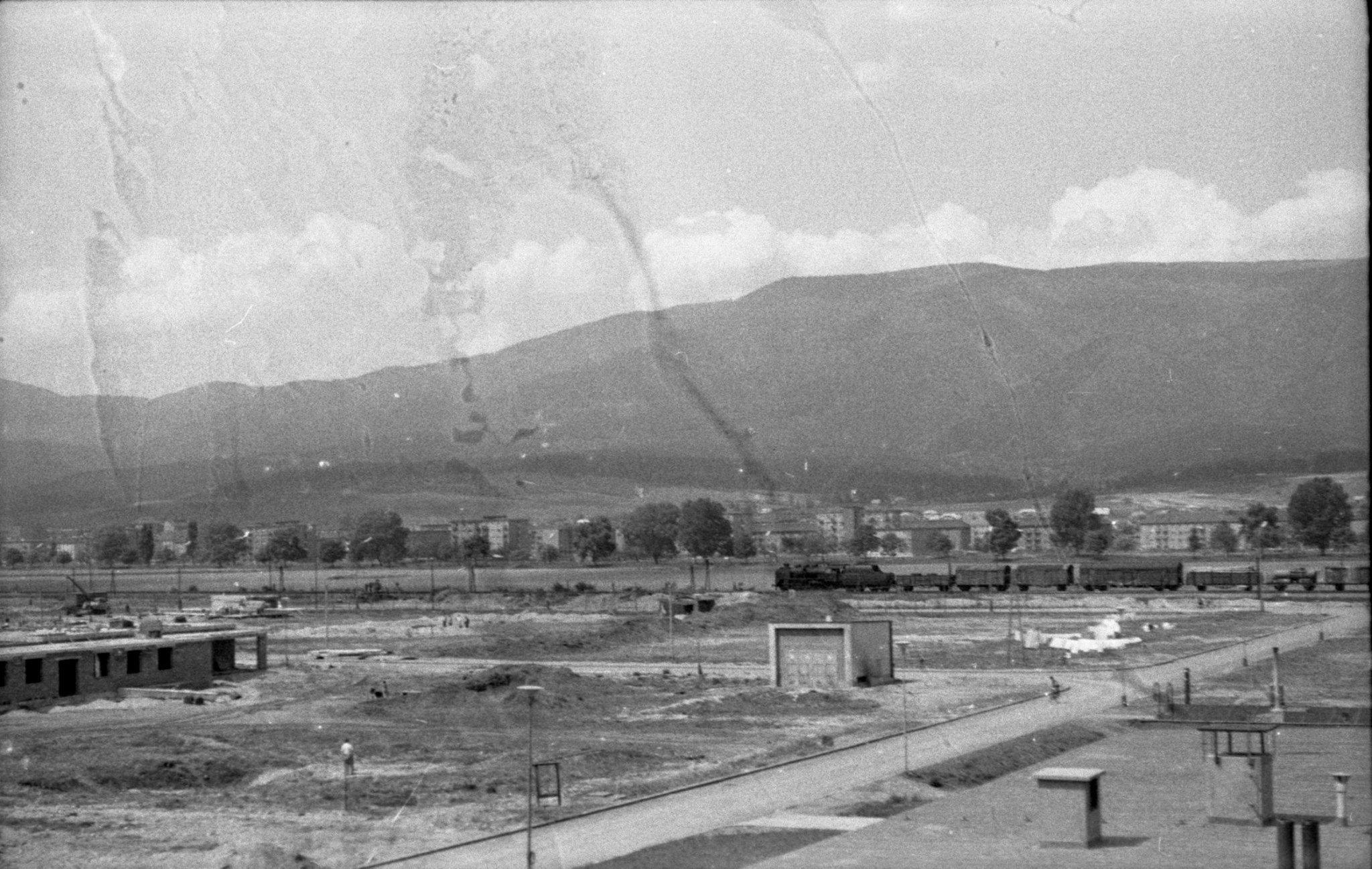 Martin - sever, pohľad na trať za ktorou domy ešte nestáli, 1963