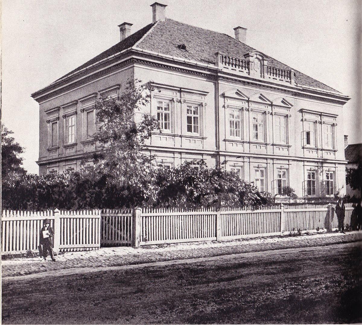 Mudroňovsko - Halašovský dom, 60te roky