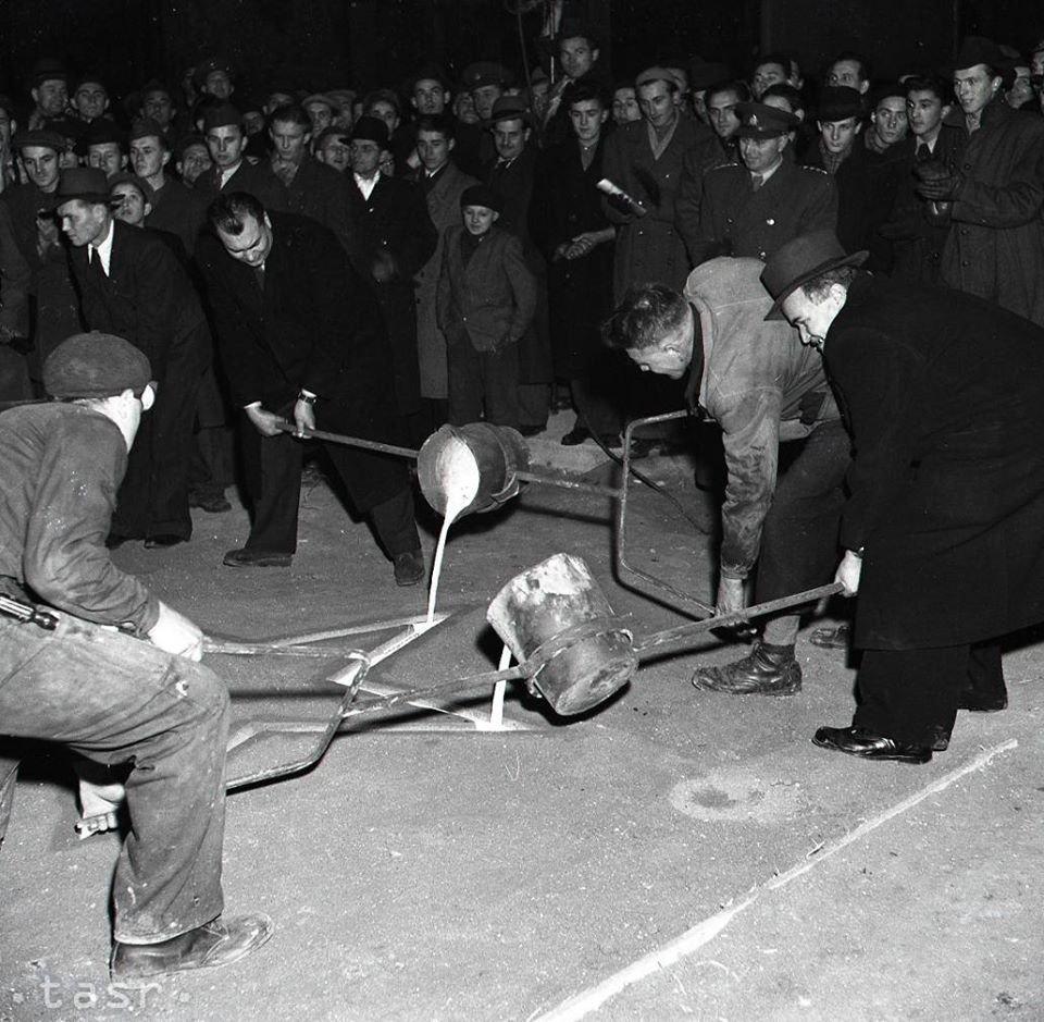 Nový závod v Turčianskom Sv. Martine nesie Meno J.V. Stalina. 22.12.1949