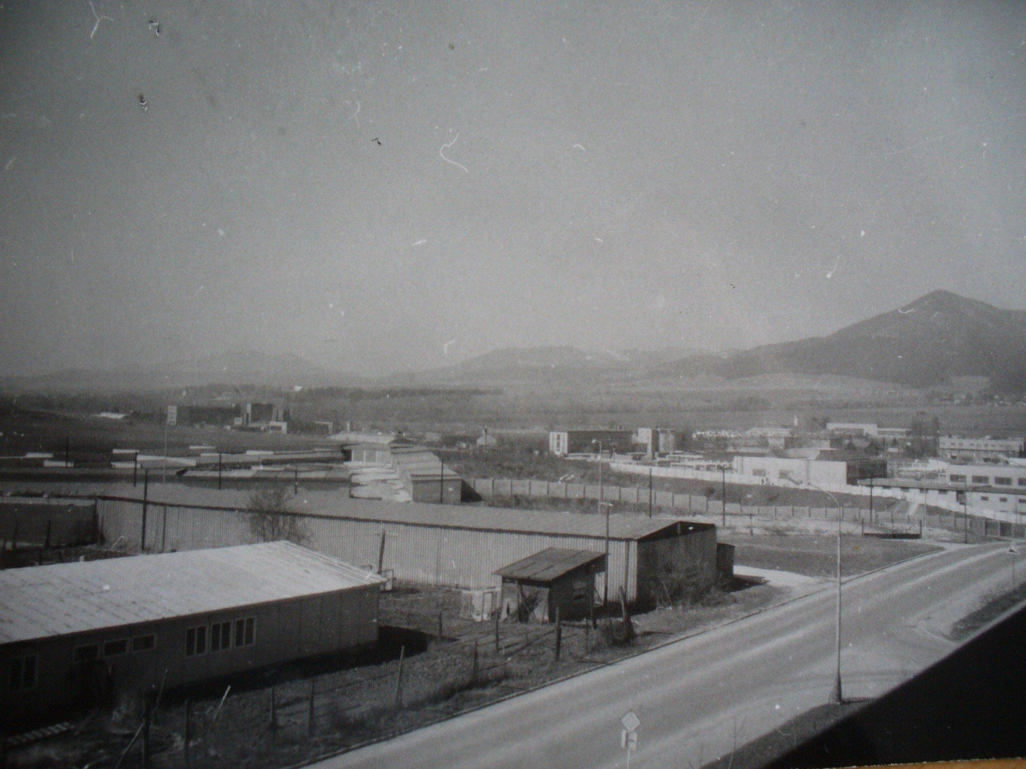 Ľadoveň, pohľad z domu na ul. sucháčkovú, 70te roky