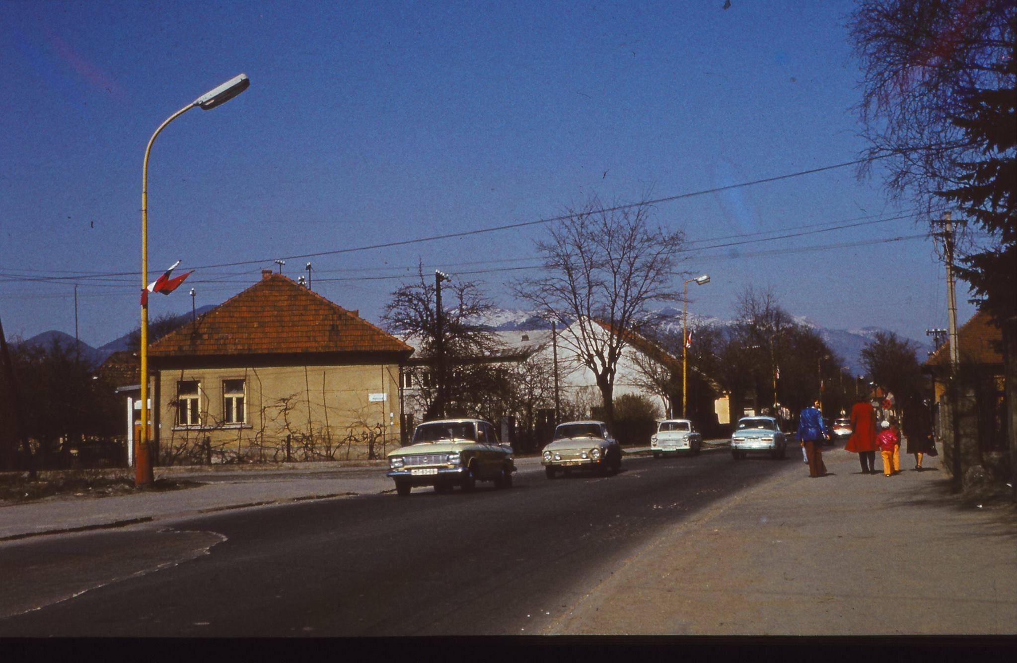 Hlavná cesta pri nemocnici, 80te roky