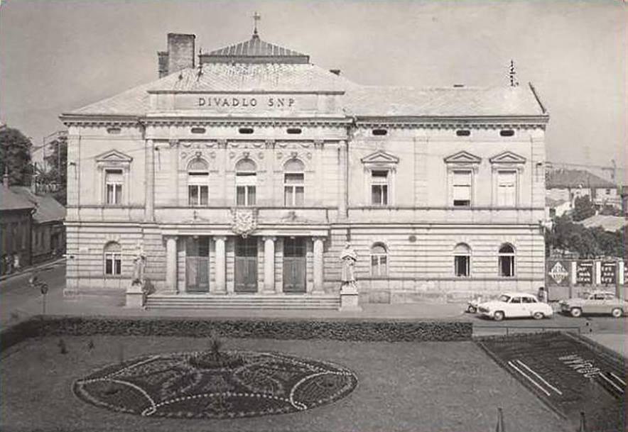 Divadlo, 1968