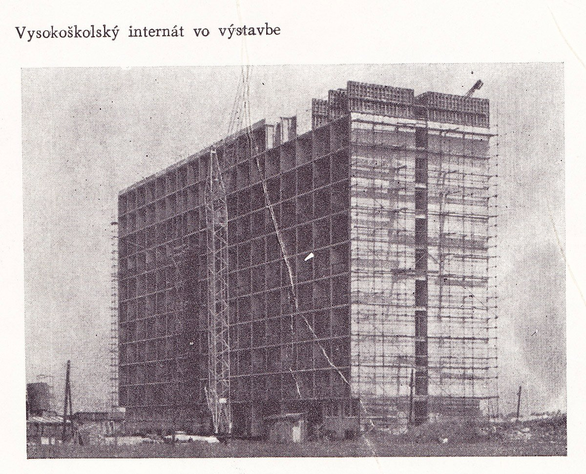Internát lekárskej fakulty pri spš vo výstavbe, 60te roky