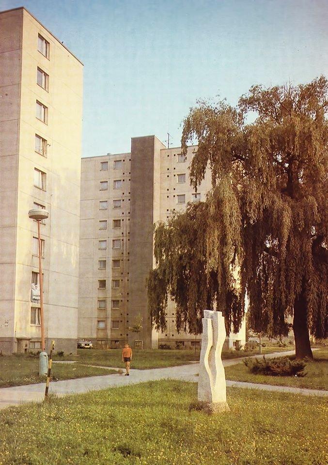 Jahodníky, 80te roky
