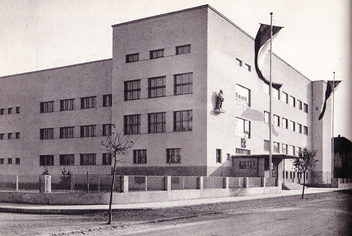 Mudroňova, 60te roky