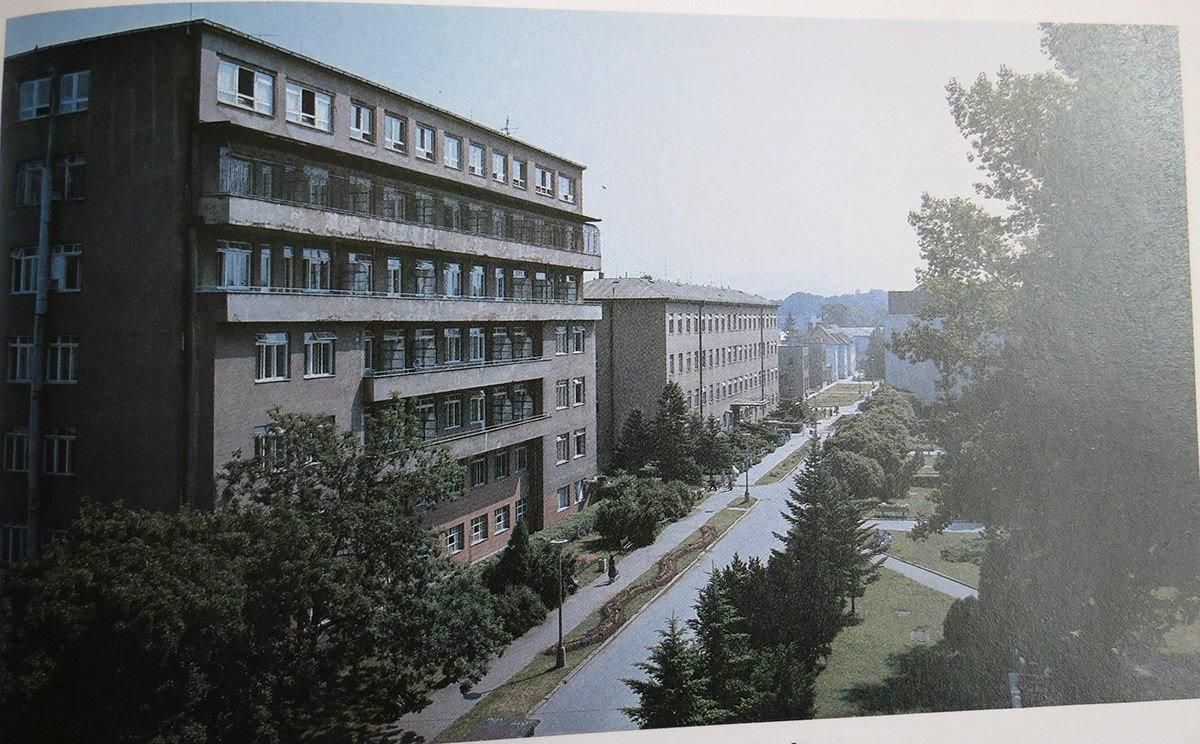 Nemocnica, 80te roky