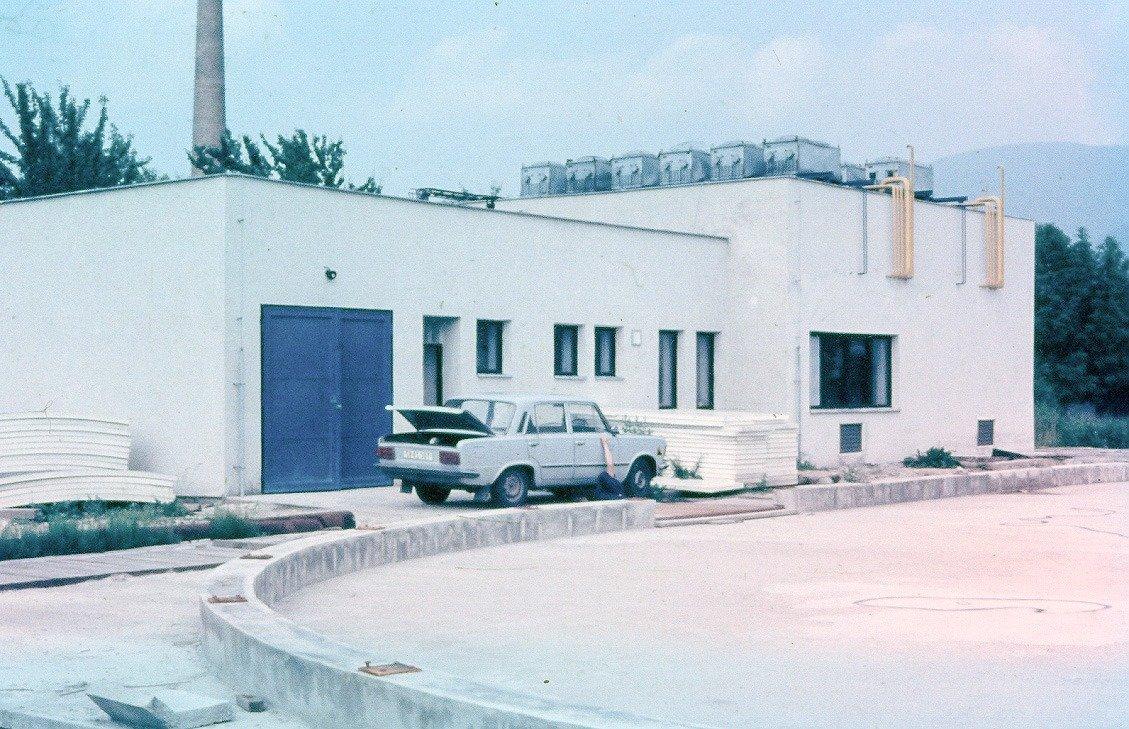 Klzisko v priekope, 80te roky