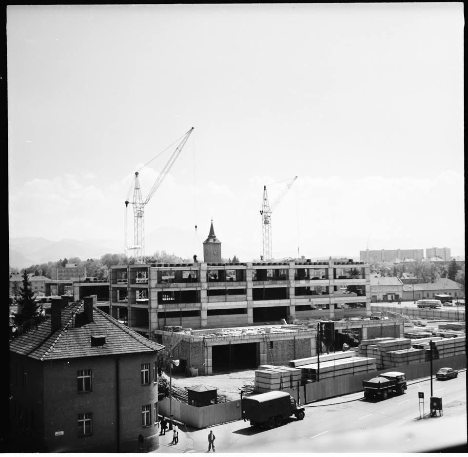 Výstavba Prioru, 80te roky
