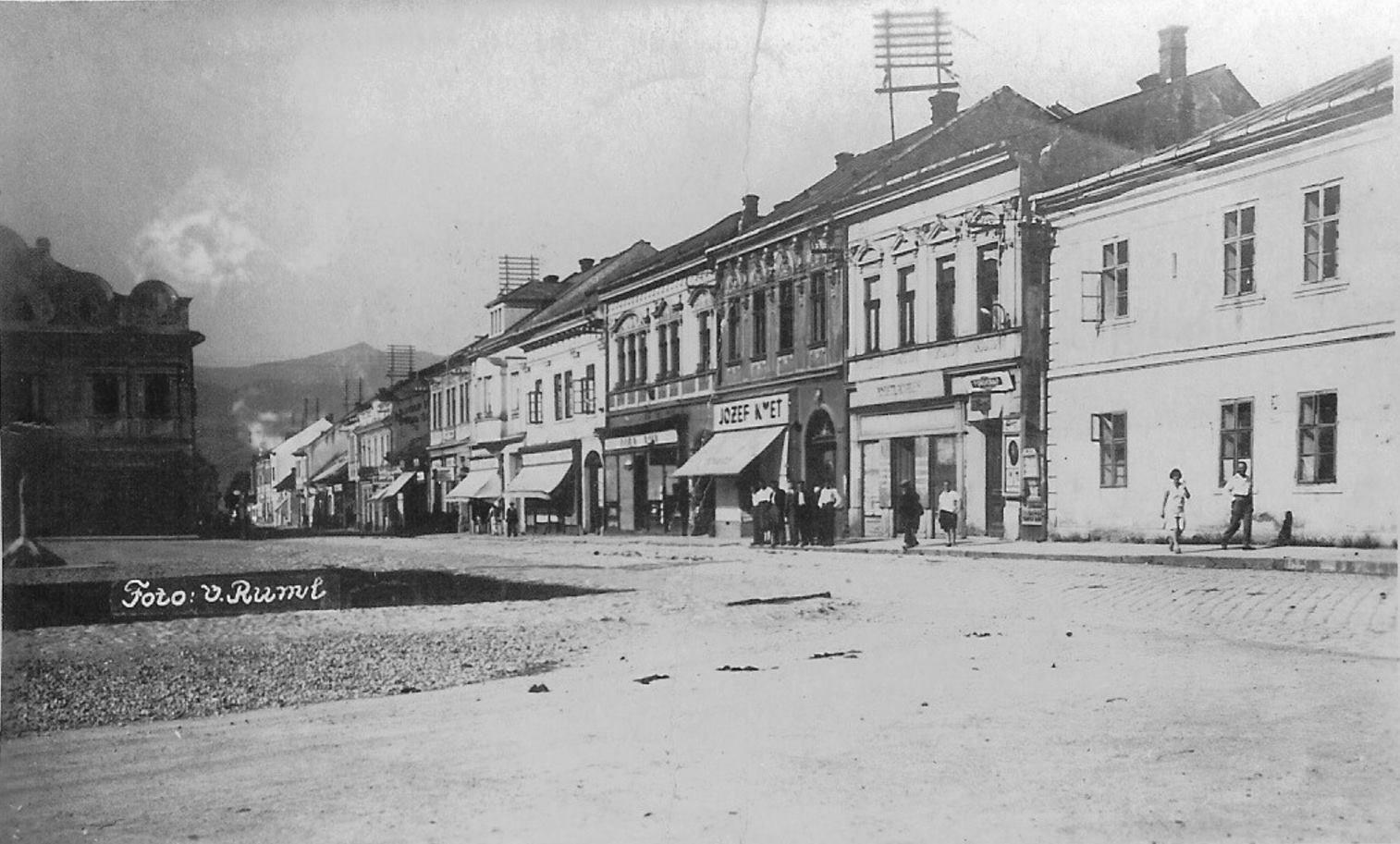 Mesto, 1930