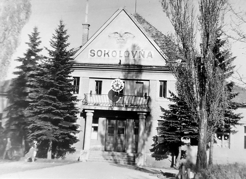 Sokolovňa, 50te roky