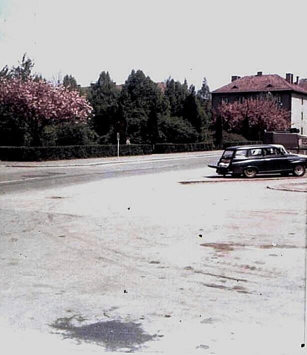 Pred hotelom Turiec, 1977