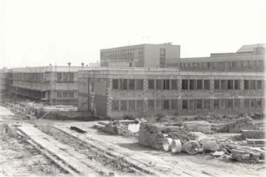 Výstavba SOU, 1976