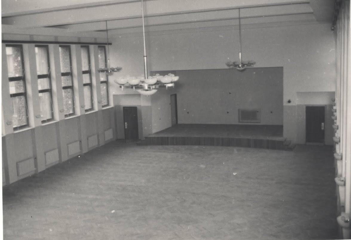 Výstavba stojníckej školy, 50te roky