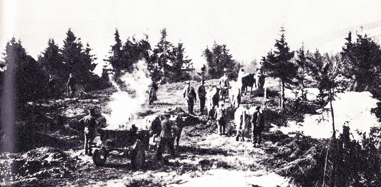 Zasobovanie partizánov bojujuúich proti nemcom v horách Malej Fatry, 40te roky
